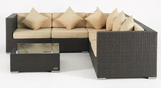 villa cabana wicker sectional sofa and coffee table
